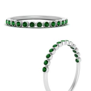 Bezel Set Round Emerald Band