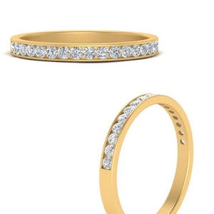 Round Diamond Channel Stack Band