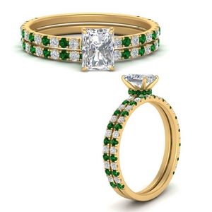 three-quarter-radiant-cut-diamond-gallery-bridal-ring-set-with-emerald-in-FD9168RAGEMGRANGLE3-NL-YG