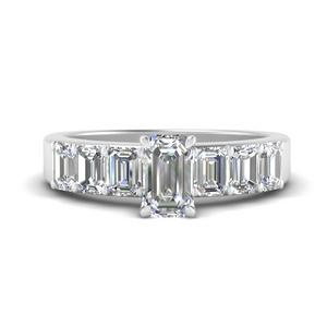 Emerald Cut Luxury Diamond Ring