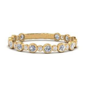 alternating-bezel-set-round-diamond-wedding-band-in-FD65654B-NL-YG