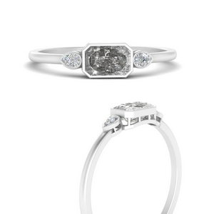 Offbeat Grey Diamond Horizontal Ring