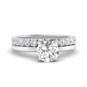 classic-engagement-ring-with-diamond-pave-matching-band-in-FD9804ROANGLE2-NL-WG