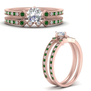 east-west-pave-round-diamond-wedding-ring-set-with-emerald-in-FD9843ROGEMGRANGLE3-NL-RG