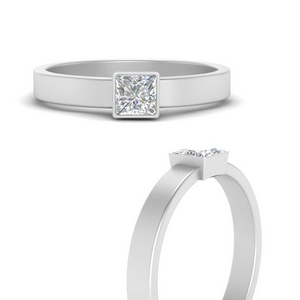 simple-bezel-princess-cut-solitaire-engagement-ring-in-FD9964PRRANGLE3-NL-WG