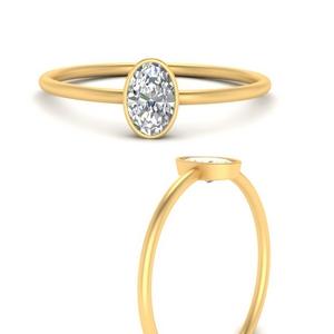 delicate-oval-bezel-diamond-ring-in-FD9966OVRANGLE3-NL-YG