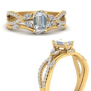 Vine Accented Wedding Ring Set