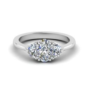 3 Stone Oval Diamond Ring
