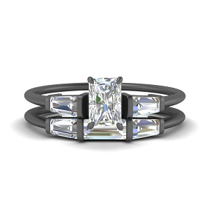 radiant-cut-three-stone-black-gold-baguette-bridal-ring-set-FDENS100RA-NL-BG