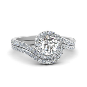 Swirl Engagement Ring And Band
