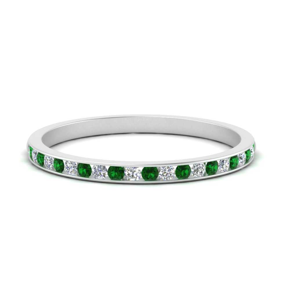 round-diamond-channel-set-wedding-band-with-emerald-in-FD1028B2-GEMGR-NL-WG