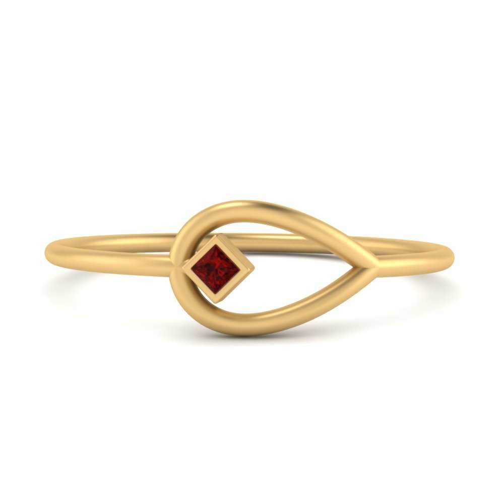 Negative-space-simple-ruby-ring-in-FD8950GRUDR-NL-YG