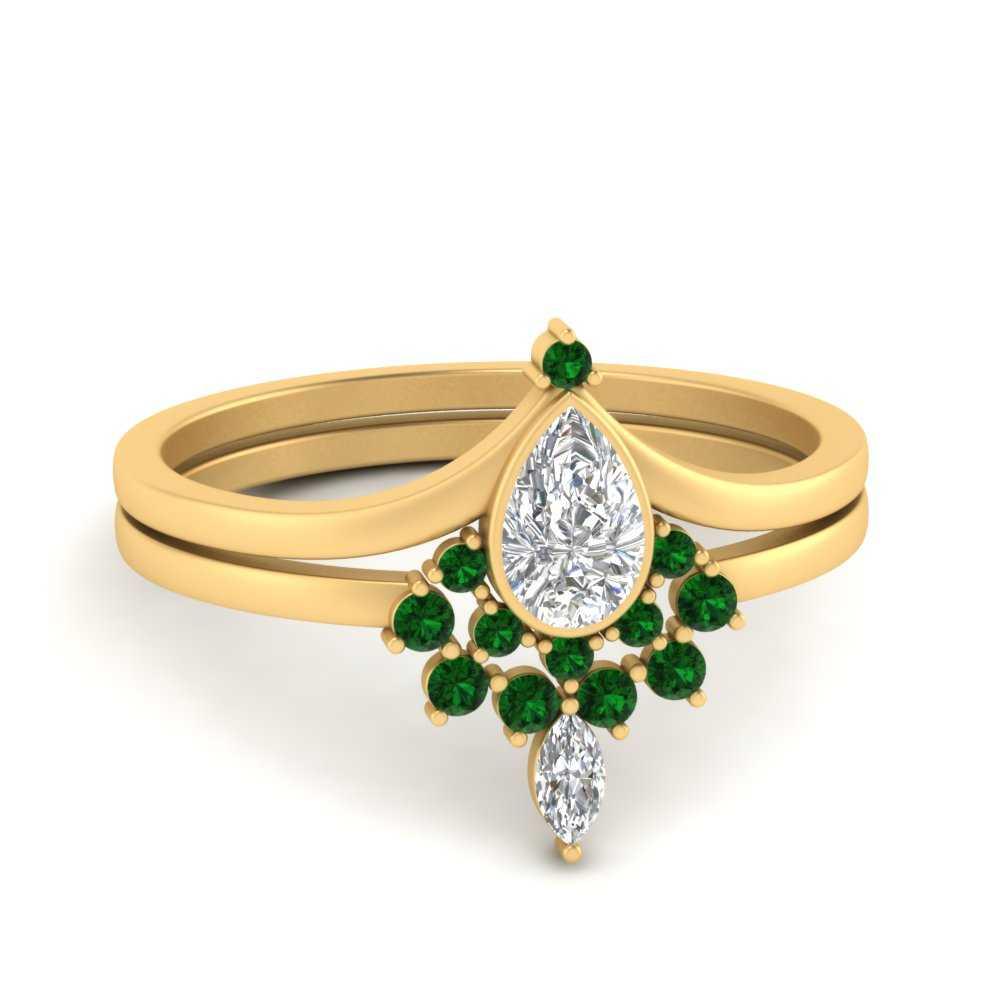 tiara-pear-bezel-emerald-wedding-ring-set-in-FD9670PEGEMGR-NL-YG