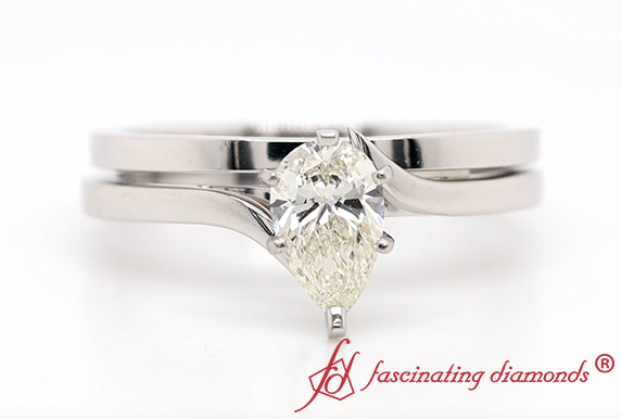 Simple Solitaire Wedding Ring Set