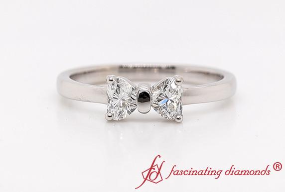 Bow Pattern Diamond Ring