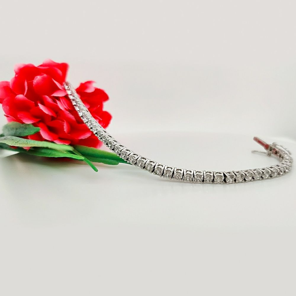 2 Carat Diamond Tennis Bracelet In 14K White Gold
