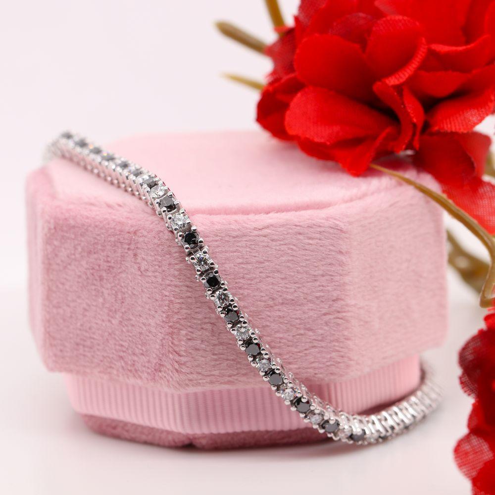 2 Carat Tennis Bracelet With Black Diamond In 14K White Gold