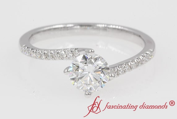 Petite Twisted Diamond Ring