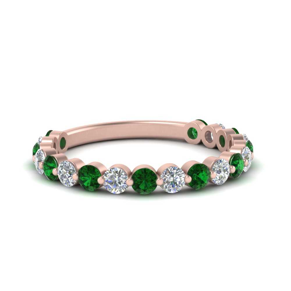 single-common-prong-diamond-wedding-band-with-emerald-in-FD121390GEMGR-NL-RG